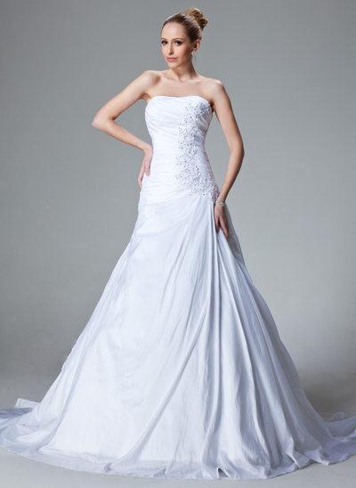 A-linjeformat Hjärtformad Court släp Taft Bröllopsklänning med Rufsar Spetsar Pärlbrodering