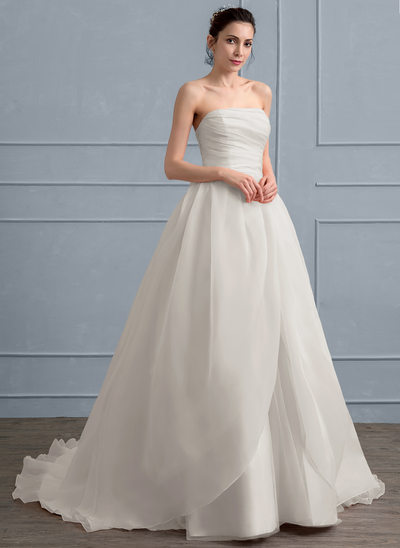 Ball-Gown Sweetheart Court Train Organza Wedding Dress With Ruffle Bow(s)