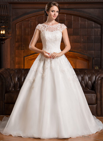 A-Line/Princess Scoop Neck Chapel Train Organza Wedding Dress With Appliques Lace
