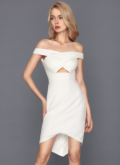 Linjeform Off-the-Shoulder Asymmetrisk Satin Cocktailkjole