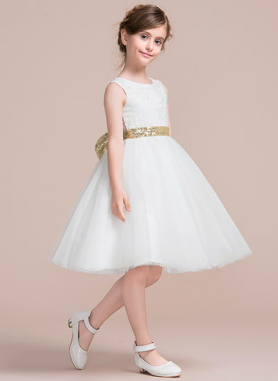 A-Line/Princess Knee-length Flower Girl Dress - Tulle/Lace Sleeveless Scoop Neck With Bow(s)/V Back