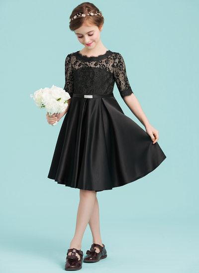 A-Line/Princess Scoop Neck Knee-Length Satin Junior Bridesmaid Dress With Beading