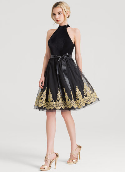 A-Line Scoop Neck Knee-Length Tulle Cocktail Dress With Bow(s)