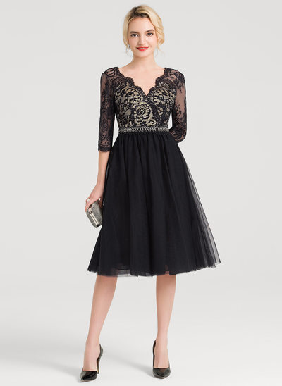 A-Line V-neck Knee-Length Tulle Cocktail Dress With Beading