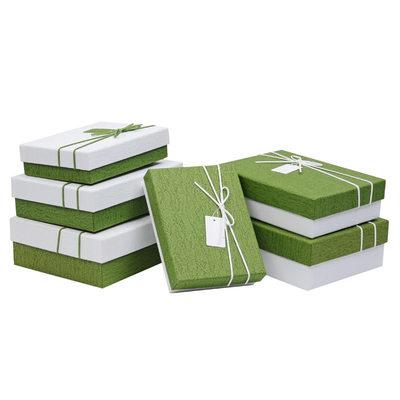 Družička Dárky - Atraktivní papír Dárková krabička / taška (Množina 3)