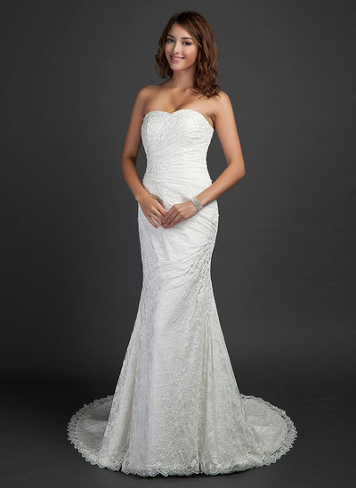 Trumpet/Mermaid Sweetheart Court Train Lace Wedding Dress With Ruffle Beading