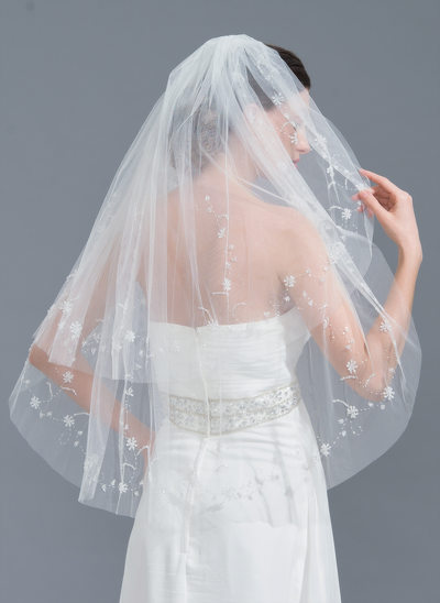 Two-tier Cut Edge Elbow Bridal Veils With Beading