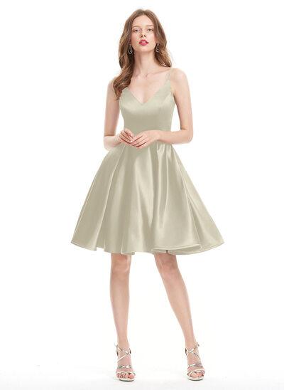 A-Line/Princess V-neck Knee-Length Satin Prom Dresses
