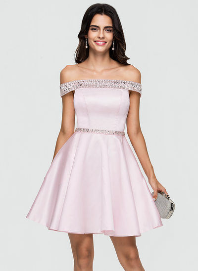 A-Linie/Princess-Linie Off-the-Schulter Kurz/Mini Satin Cocktailkleid mit Perlstickerei Pailletten