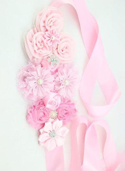 Smukke/Blomsterpige Satin Bælterem med Blomst