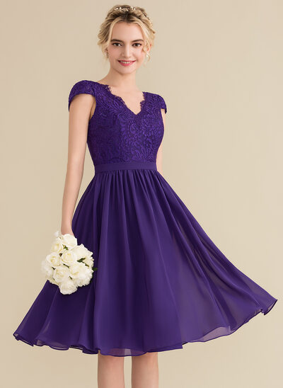 A-Line/Princess V-neck Knee-Length Chiffon Lace Bridesmaid Dress