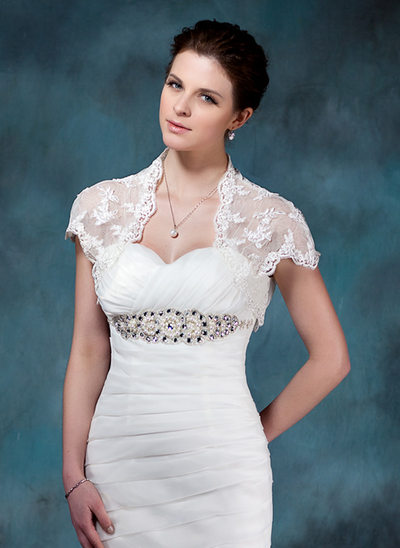 Kurze Ärmel Lace Hochzeit Bolero