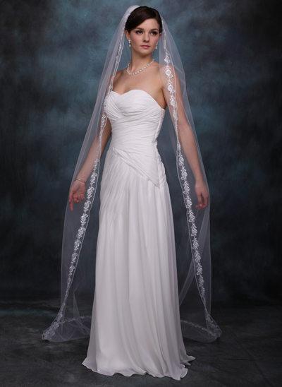 One-tier Lace Applique Edge Chapel Bridal Veils With Applique