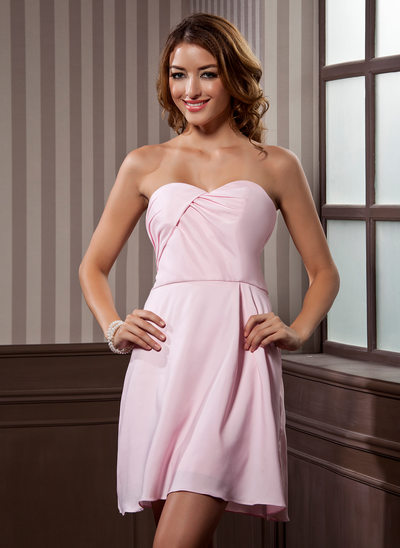 A-Line/Princess Sweetheart Short/Mini Chiffon Homecoming Dress With Ruffle