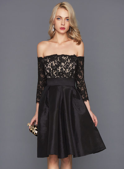 A-Line/Princess Off-the-Shoulder Knee-Length Taffeta Cocktail Dress