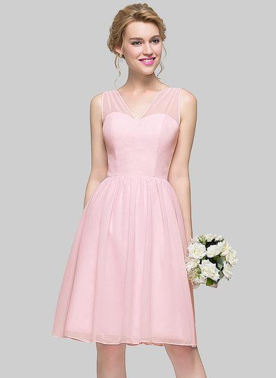 Vestidos princesa/ Formato A Decote V Coquetel Tecido de seda Vestido de madrinha com Curvado