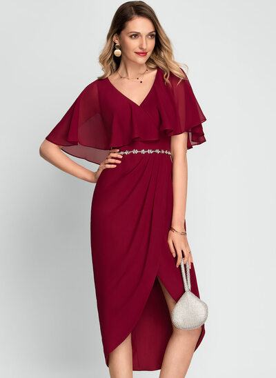 Sheath/Column V-neck Asymmetrical Chiffon Cocktail Dress With Beading
