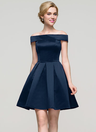 A-Linie/Princess-Linie Off-the-Schulter Kurz/Mini Satin Cocktailkleid