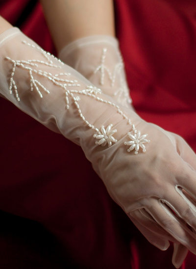 Tulle/Imitation Pearls Wrist Length Bridal Gloves