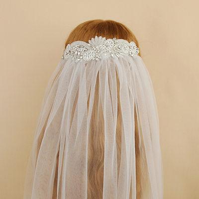 Einschichtig Schnittkante Ellenbogen Braut Schleier mit Perlstickerei/Strasssteine
