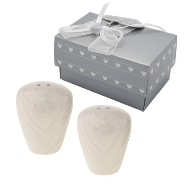 """Kärlekshistoria"" Keramik Salt & Pepparkar (Sats om 2 st)"