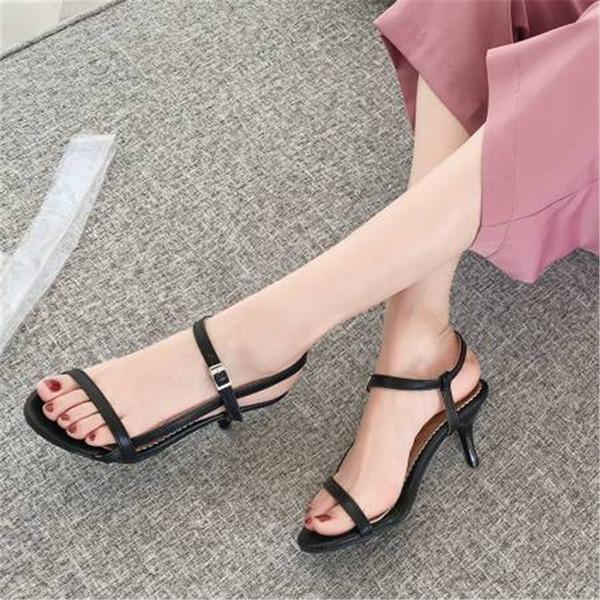 Женщины кожа Устойчивый каблук Сандалии На каблуках с пряжка обувь