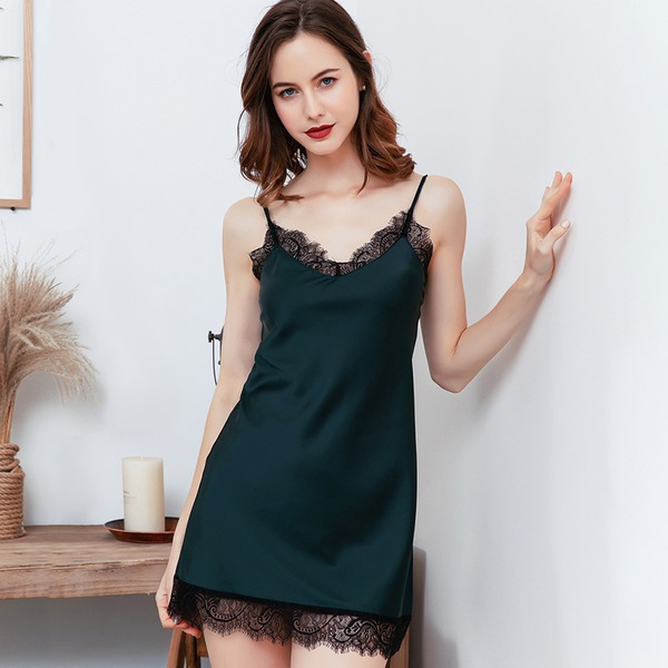 Polyester Charming Feminine Sleepwear
