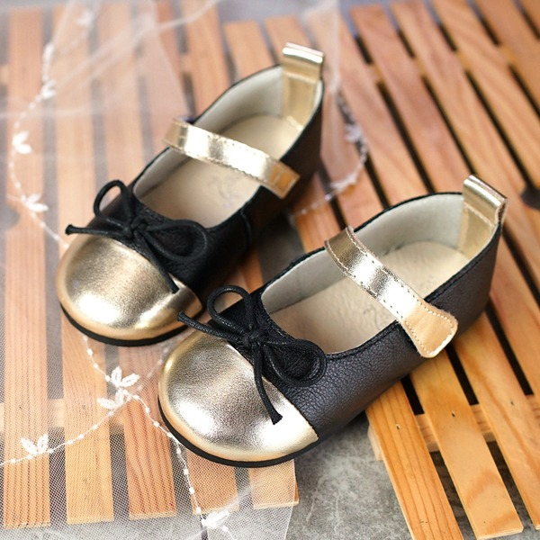 Girl's Real Leather Flat Heel Round Toe Flats With Bowknot Velcro