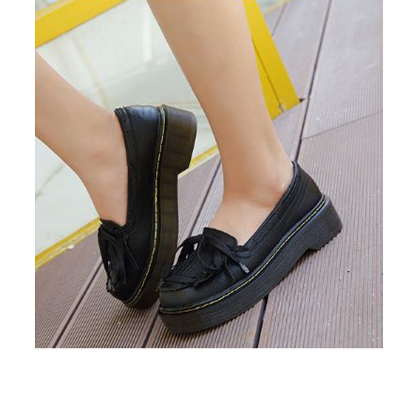Women's PU Wedge Heel Flats Closed Toe With Lace-up Tassel shoes
