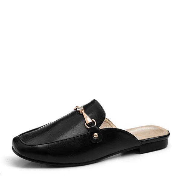 Женщины PU Плоский каблук На плокой подошве Закрытый мыс Босоножки с Цепь обувь