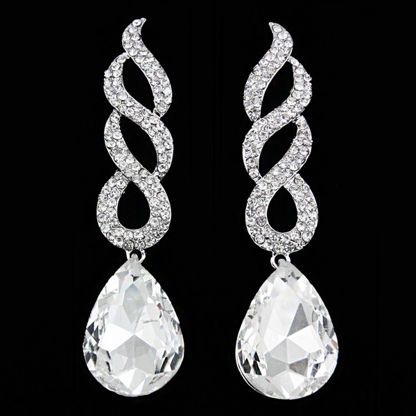 Shining Alloy With Rhinestone Women's Fashion Earrings