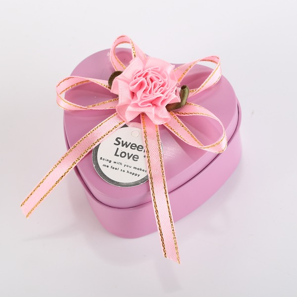 Sweet Love Heart-shaped Favor Tin With Ribbons/Bow (Set of 12)