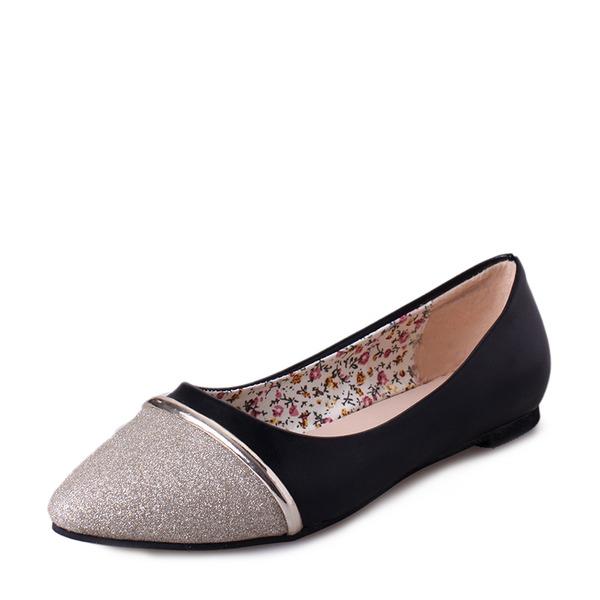 Kvinnor Glittrande Glitter PU Flat Heel Platta Skor / Fritidsskor Stängt Toe med Split gemensamma skor