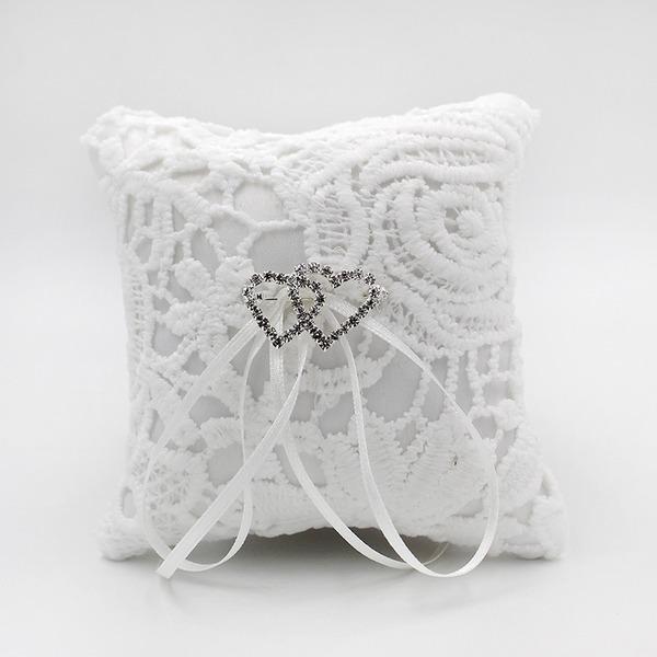 Elegante Anello Cuscino in Raso con Strass/Cuori amanti