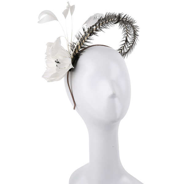 Dames Simple/Gentil/Jolie Feather avec Feather Chapeaux de type fascinator