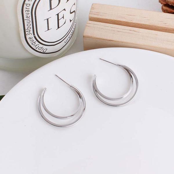 Schöne Legierung Frauen Art-Ohrringe (Set von 2)