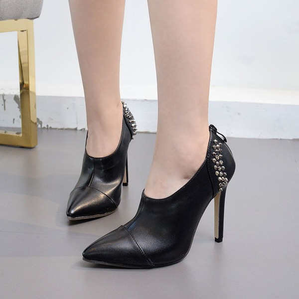 Women's PU Stiletto Heel Pumps Closed Toe With Rivet shoes