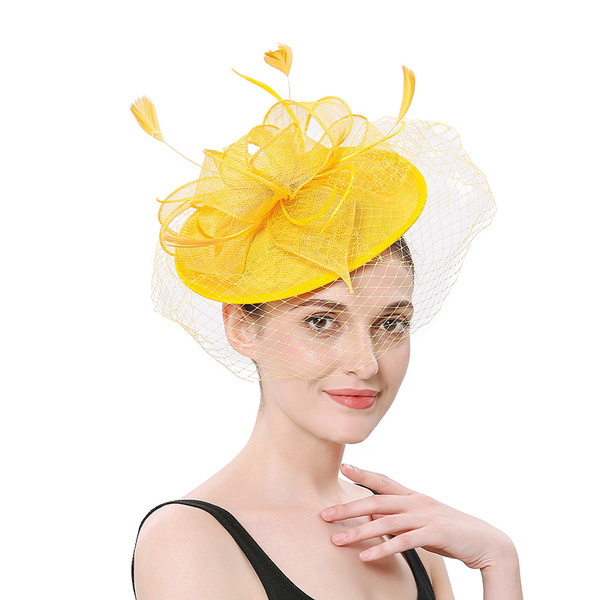 Dames Simple/Jolie Fil net avec Feather Chapeaux de type fascinator