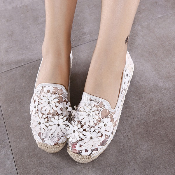 Women's Lace Flat Heel Flats Closed Toe With Flower shoes
