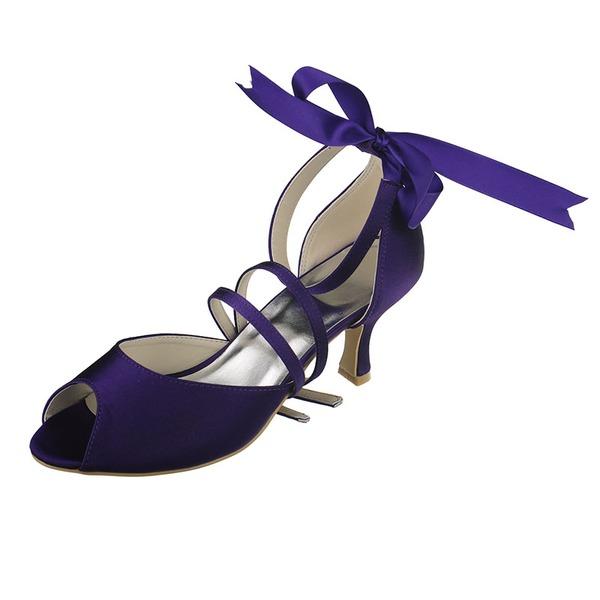 Kvinnor Satäng Spool Heel Peep Toe Sandaler med Ribbon Tie