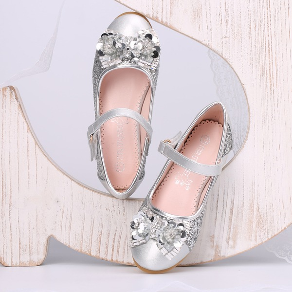 Jentas Lukket Tå Leather lav Heel Pumps Flower Girl Shoes med Bowknot Rhinestone Paljetter Velcro