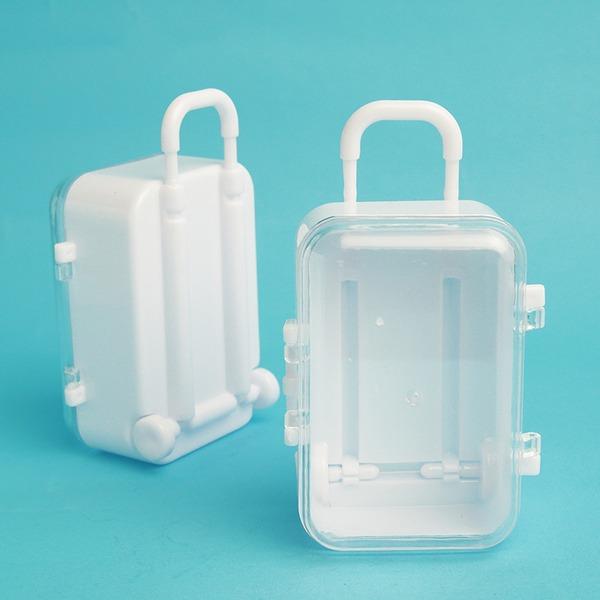 Plast Godisskål och Flaskor (Säljs i ett enda stycke)