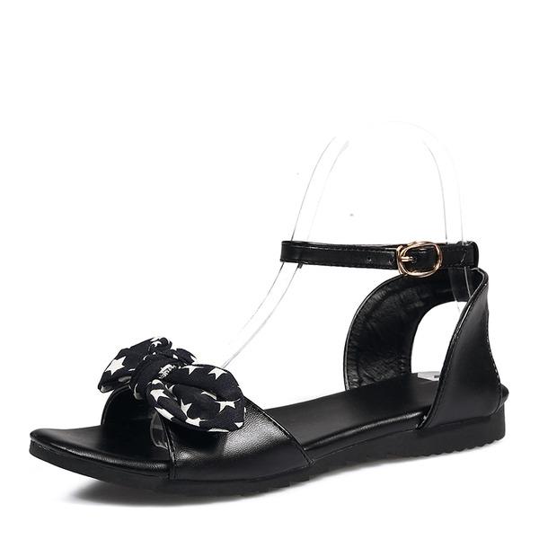 Kvinnor PU Flat Heel Sandaler Platta Skor / Fritidsskor Peep Toe Slingbacks med Bowknot skor