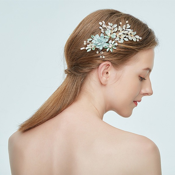 Ladies Amazing Alloy Hairpins With Rhinestone/Venetian Pearl (Sold in single piece)
