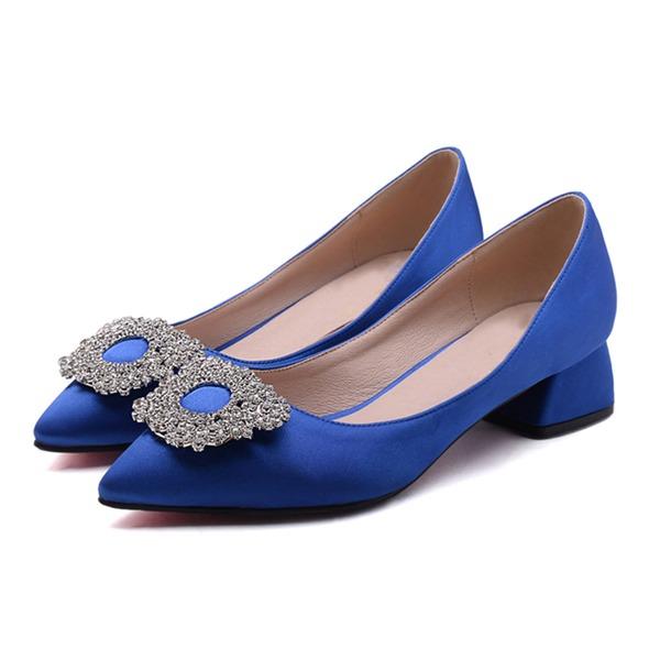 Kvinner Satin Lav Hæl Pumps med Rhinestone sko