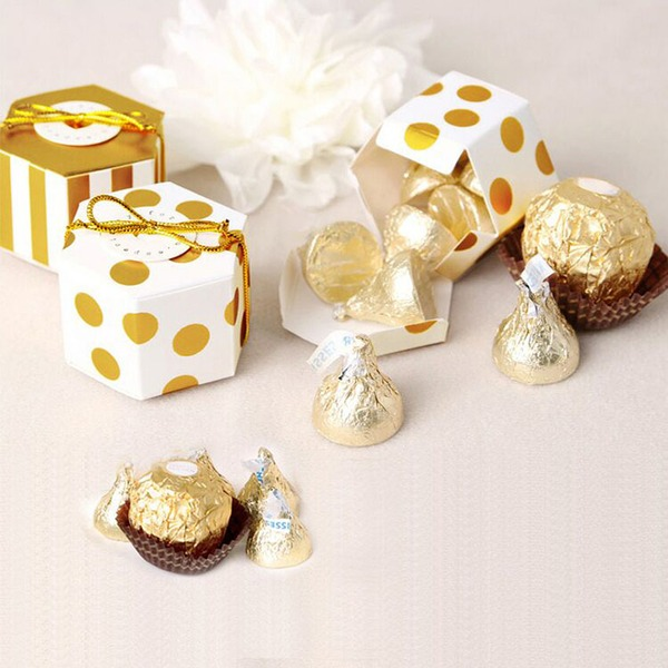 Creative/Lovely Cubic Card Paper Favor Boxes With Gold Line (Set of 12)