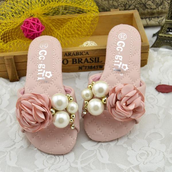 Ragazze finta pelle Heel piatto Punta aperta sandalo Ciabatte con Perla imitazione Fiocco in raso