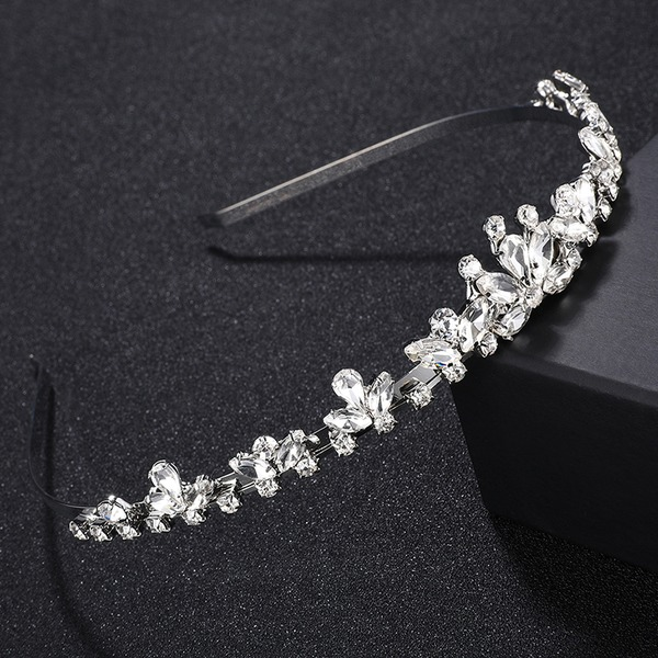 Ladies Amazing Alloy Tiaras With Crystal