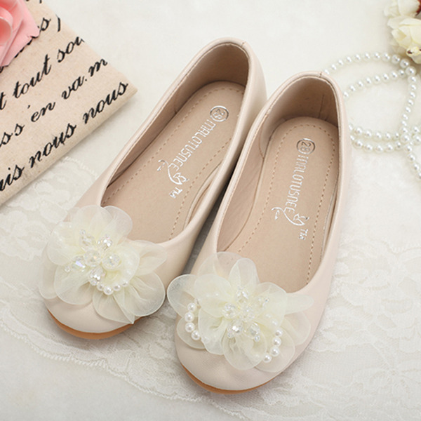 A menina de Fechados imitação de couro Heel plana Sem salto Sapatas do florista com Pérola Imitação Flor