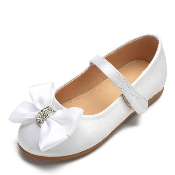 Flicka rund tå Stängt Toe Satin platt Heel Platta Skor / Fritidsskor Flower Girl Shoes med Bowknot Kardborre